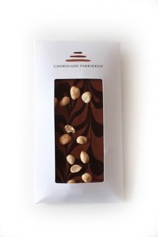 Chokolade-Fabrikken Lys og mørk chokolade med saltede peanuts
